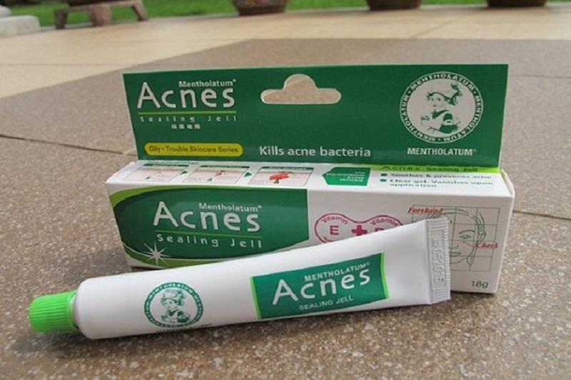 Kem trị mụn ẩn cho da mặt tốt nhất hiện nay. Review kem trị mụn giá rẻ hiện nay. Kem trị mụn ẩn Rohto Acnes