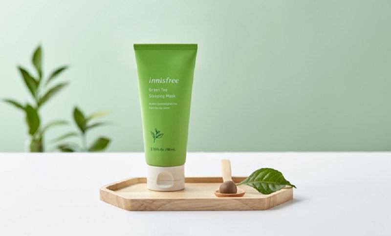 Top 4 sản phẩm tẩy tế bào chết body tốt nhất. Gel tẩy tế bào chết toàn thân Innisfree Green Tea Pure Body Scrub. Tẩy da chết toàn thân