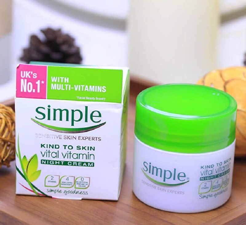 Kem dưỡng trắng da mặt ban đêm tốt nhất hiện nay. Kem dưỡng trắng da mặt ban đêm Simple Kind To Skin Vital Vitamin Cream Night