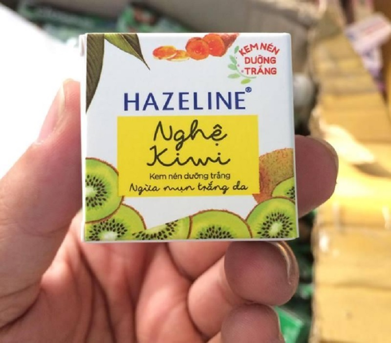 Kem dưỡng trắng da mặt giá dưới 100K. Kem dưỡng trắng da mặt Hazeline. Kem dưỡng da dành cho nữ